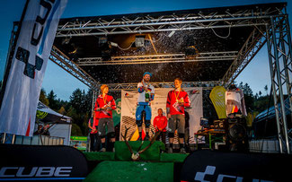 Sieger Herren: André Wagenknecht (m.) siegte vor Tobias Reiser (l.) und Markus Reiser (r.) ©Martin Munker