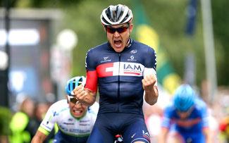 Heinrich Haussler, IAM Cycling, gewinnt die Australian Road Race Championships 2015 © Schwalbe / Watson