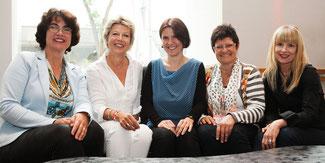 Die Gründerinnen von comm+value (v.l.n.r.) sind Hanny Fluit (Benelux), Angelika Hermann-Meier (Deutschland), Dr. Yvette Polá_ek (Tschechien, Slowakei), Charlotte Ludwig (Österreich) und Irene M. Wrabel (Schweiz) © comm+value