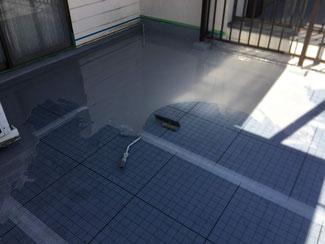 防水工事施工中