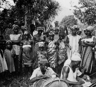 Musicisti Mende nel villaggio di Panguma in Sierra Leone, 1936