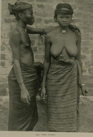 Donne Gola della Liberia in una foto di fine ottocento/inizio novecento di Johnston Harry Hamilton (1858-1927)