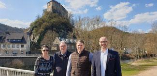 Die FDP will wieder in den Verbandsgemeinderat Altenahr einziehen, (von links) Rita Kreuzberg, Karl-Heinz Kreuzberg, Jörg Wälder, Sebastian P. Czernik.