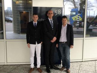 Die FDP-Landtagskandidaten aus dem Nordkreis Stephan Haupt (re.) und Ben Dinklage (li.) aus dem Südkreis bei Rijkwaterstaat in s'Hertogenbosch. Begleitet wurden sie vom FDP-Vorsitzenden aus Goch Ari Kerkmann (mitte)