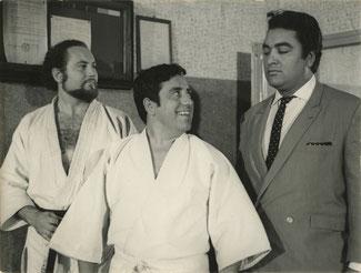 Felipe Calvo, Cassen y un guardaespaldas (a. N. P.)