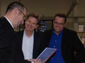 Jörg Zaag, Prokurist der BoD, Dr. Heiner Garg und Tobias Caßen