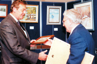 Bürgermeister F. Verlinde mit Egon Dürfeldt