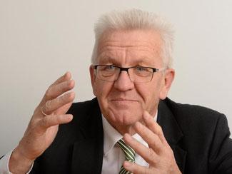 «Wenn wir mit realistischen Forderungen und umsetzbaren Konzepten um Mehrheiten für unsere Politik werben, bin ich überzeugt davon, dass wir gute Chancen haben, in der nächsten Bundesregierung vertreten zu sein», sagt Kretschmann. Foto: Bernd Weißbrod