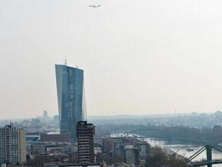 Die neue Europäische Zentralbank in Frankfurt am Main. Foto: Arne Dedert