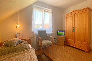 Einbettzimmer mit gratis WLAN und TV
