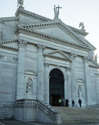 "Bild: Die Kirche ""II Redentor"" auf der Insel Guidecca in Venedig"