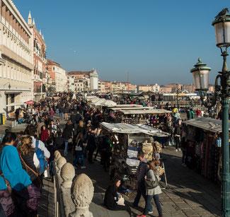Bild: Rica degli Schiavoni die bedeutenste Flaniermeile in Venedig