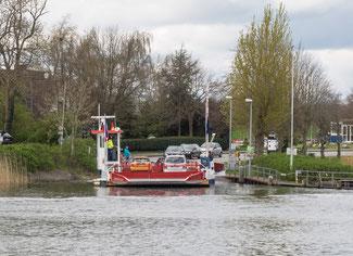 Bild: Die Drahtseilfähre verbindet Missunde mit Brodersby in Schleswig Holstein