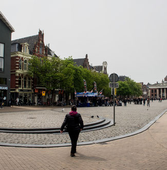 Bild: Der Platz an dem an mehreren Tagen in Groningen der sogenannte Fischmark stattfindet.