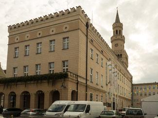 Bild: Das Rathaus in Oppeln in Polen