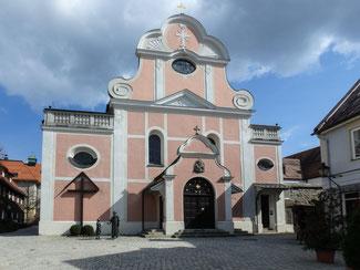 Bild: Kapuzinerkirche St. Joseph am Klosterplatz 2 in Immenstadt