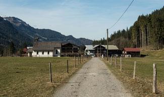 Bild: Die kleine Gemeinde von Birgsau