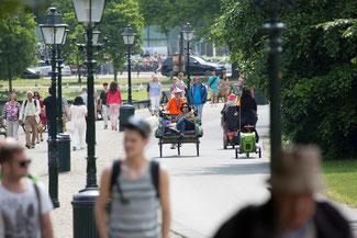 Tongtong Fair pendel fietstaxi Den Haag Centraal Station