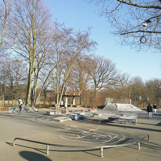 Neukölln: Skatepark at Columbiadamm 184