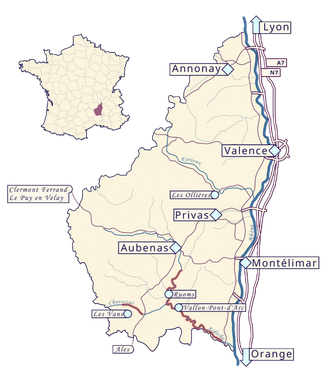 Comment venir faire du canoë kayak en Ardèche depuis la vallée du Rhône ou du massif central