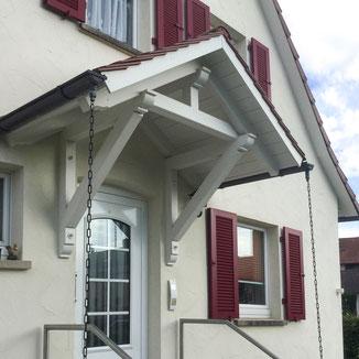 Vordach über Eingangstüre