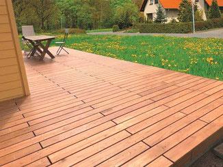 Terrasse aus Kastanienholz