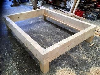 DIY-Paket für Balkenbett aus Holz