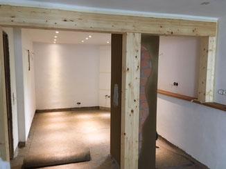 Bauen mit Hanf und Lehm: Trittschaldämmung für einen Fußboden in Balingen. Hanf Vlies als Rollenware zur Entkopplung und Trittschaldämmung des Oberbelags.