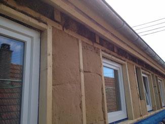 Dachsanierung. Dachgauben Dämmung mit Holzfaser und Hanf Stopfwolle in Balingen.