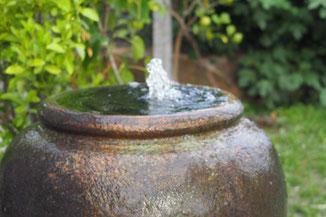 Teich, Teiche, Bachlauf, Wasserspiel, Gartengestaltung, Erfrischung, Dekoration, Brunnen