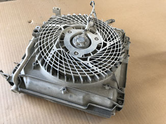 エアコンのコンデンサー