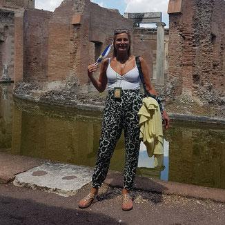 Paola Barbanera Rome Vatican Tour Guide - Instagram