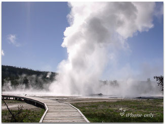 Boardwalk in het Upper Geyser Basin