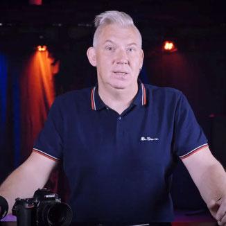Arne im Club erklärt Konzertfotografie