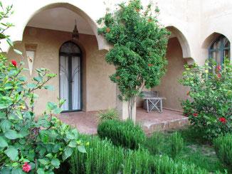 terrasse privée de la chambre d'hotes Muscade , maison d'hotes le Jardin des Epices à Taroudant, Maroc