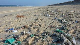 fair4world Müllkippe Meer & Umwelt