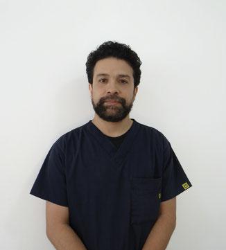 Dr. Carlos Cruz