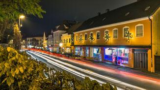 Luitpoldstraße zur weihnachtlichen Rush Hour