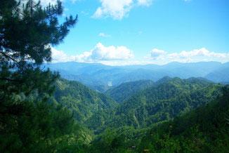Blick über die Berge von Nord - Luzon vom Halsema Highway