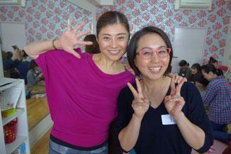 間々田佳子先生の顔ヨガレッスンin薫YOGAスタジオサロン