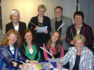 Mitglieder von LIT nach einer Lesung