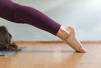 ashtanga yoga ploeg halasana plough pose