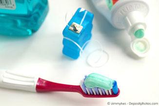 Wichtige Maßnahme gegen Mundgeruch: Reinigung der Zahnzwischenräume!