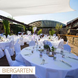 Bildbeispiel einer Open-Air Hochzeit im Biergarten der HALLE TOR 2.
