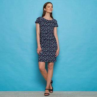 Biokatoen blouse ( €35,95 ) & Biokatoen jeans (€84,95)