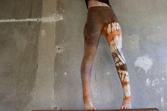 Batik Festival Leggings, Bronze Braun