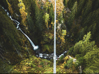 Ponte sospeso sulla cascata del Ragaiolo