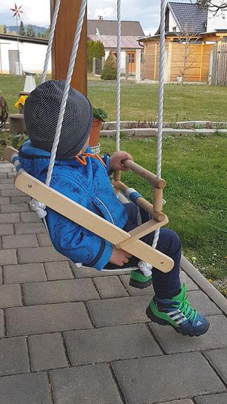 Babyschaukel Stoff Holz, KLEINKINDSCHAUKEL TEST (BELUGA BABYSCHAUKEL BLAU/WEISS