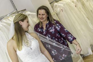 gebrauchtes Hochzeitskleid rückenfrei, Vintagekleid