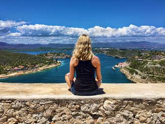 View über Santiago de Cuba von El Morro aus